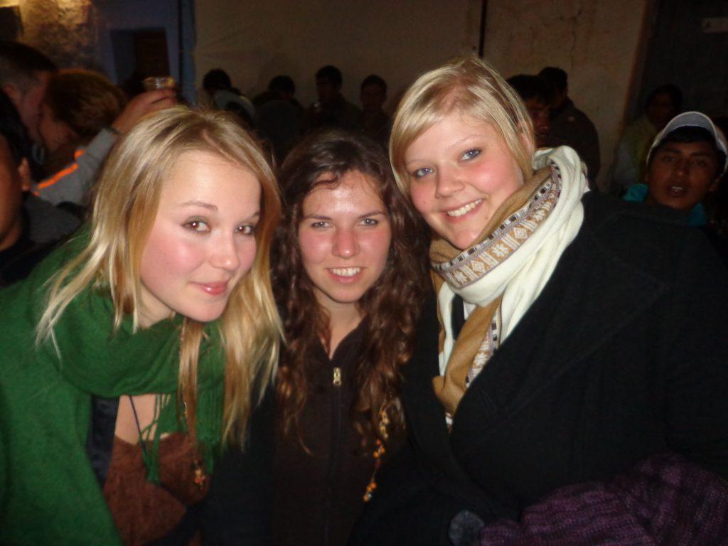 Sarina, Sabrina (Freiwillige im Centro Social in Independencia) und ich. (von links)