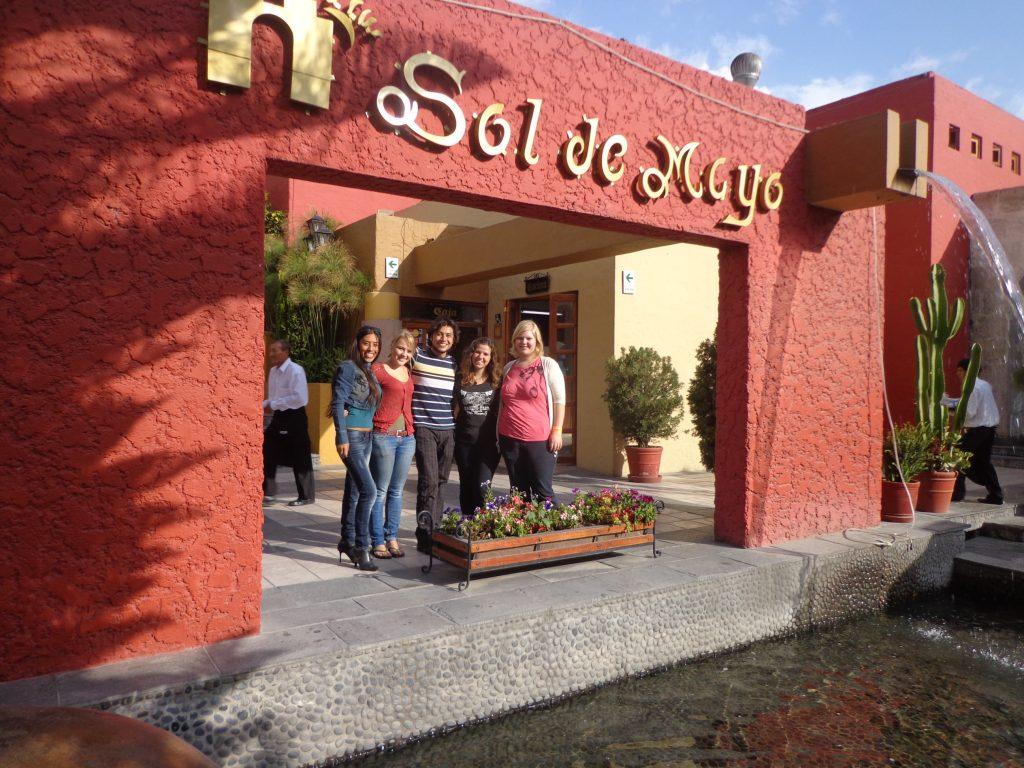 Mittagessen in Arequipa mit super netten Leuten, die wir auf der Reise kennengelernt haben