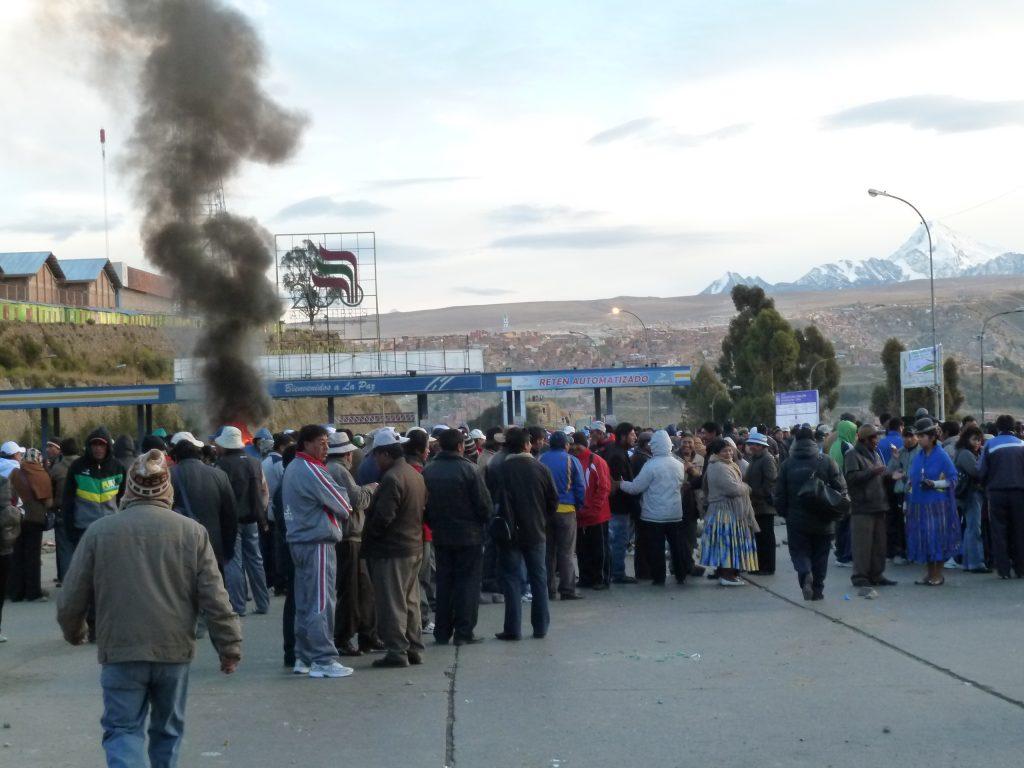 Straßenblockaden, um für höhrere Renten zu protestieren.