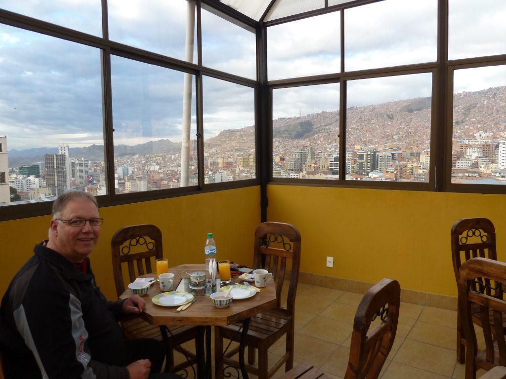 Frühstück mit Blick über La Paz.