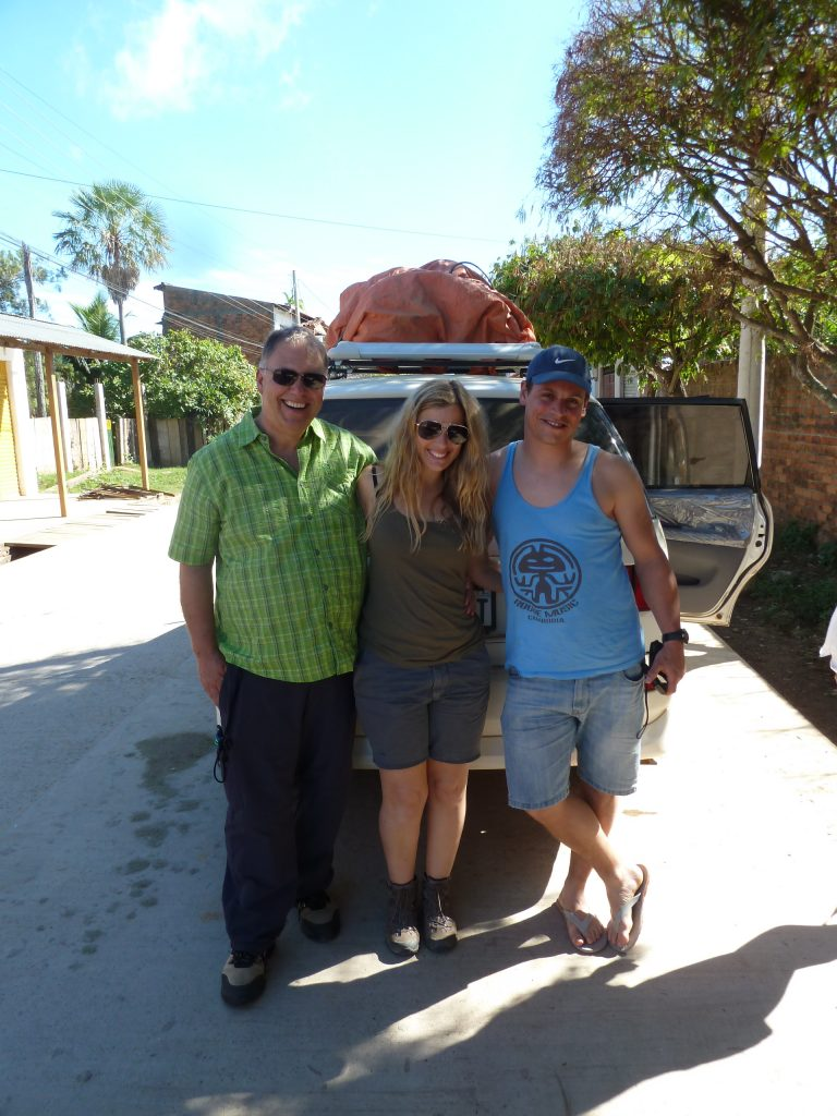 Papa mit Becky und Simon